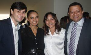 Eliziane ao lado de Marina, Marlon Reis e Eduardo