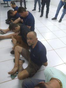WhatsApp Image 2018 12 04 at 05.49.24 2 225x300 - VEJA AQUI: Momento da mega operação onde a PM prende 9 bandidos e mata outros 3 que roubaram o banco de Bacabal - minuto barra